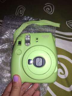 BU jual kamera instax mini 9 masih garansi!!!