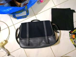Container - Messenger Bag