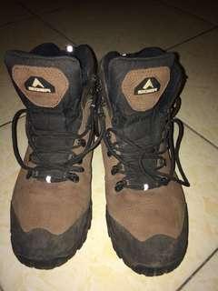 Sepatu Gunung Eiger Original 43 No Box