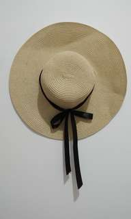 Topi pantai / topi fashion