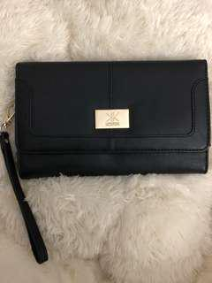 Kardashian collection black clutch