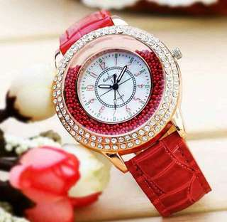 Woman Exquisite Fashion Watch
