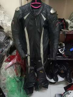 Komine racing full suit