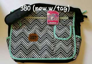 TWIN HEARTS MESSENGER BAG