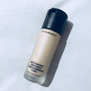 MAC next to nothing foundation in light plus