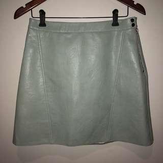 Faux Leather Mini Skirt (M)