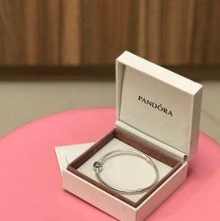 全新!19cm Pandora Charm Bracelet - Sterling Silver
