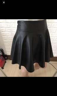 🚚 皮革短裙