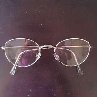 Kacamata clear lens
