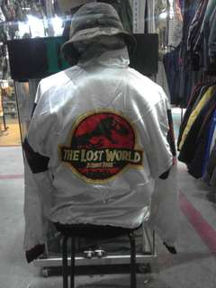 Sweater the lost world