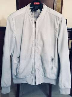 Jaket kulit Zara warna abu pastel