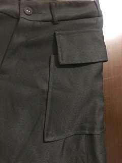 🚚 很特別的黑色寬褲!