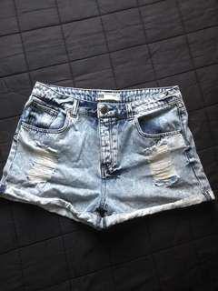 Glassons ripped denim shorts sz14