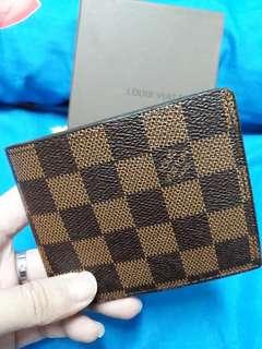 LV wallet Petak