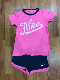Nike Girls Tee & Shorts set