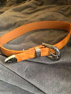 Glassons belt
