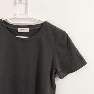 Dark grey T size 8