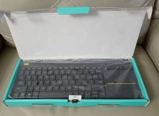 Logitech K400 Plus TV wireless keyboard