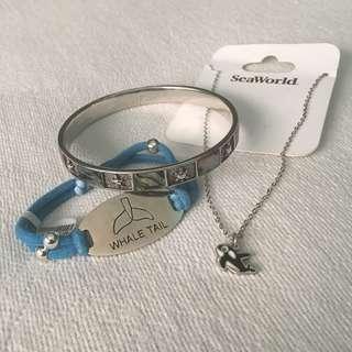 Ocean-themed accessories bundle