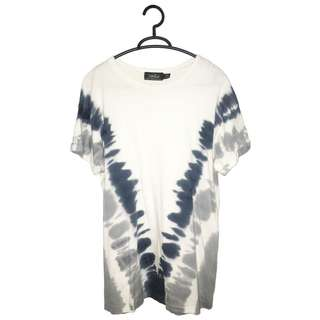 TOPMAN Printed Top with Roll Sleeves