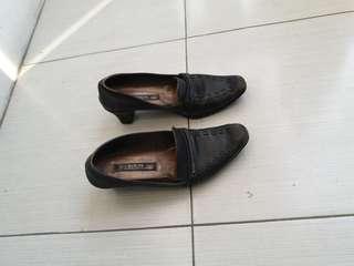 GRATIS sepatu scorpion