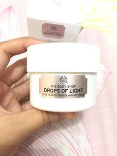 The Body Shop Drops of Light Brightening Day Cream
