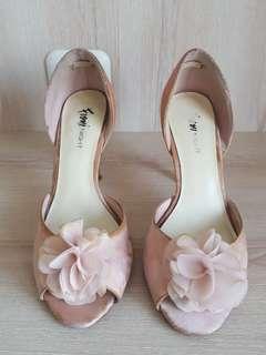 Sepatu Fiory Night untuk pesta, bahan satin