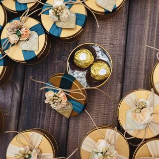 European Style Premium Gold Tin Wedding Favor