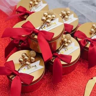 Royal Gold Premium Tin Wedding Favor (Red Ribbon)