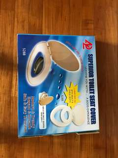 Dual toilet seat cover for potty training