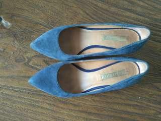 Dijual sepatu staccato