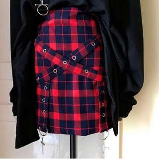 (WTS) RED-BLACK CHECKERED A-LINE SKIRT
