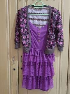 Dress ruffle cardigan ungu