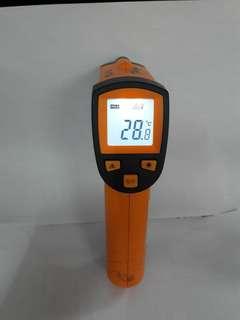 Thermometer infrared tanpa sentuh