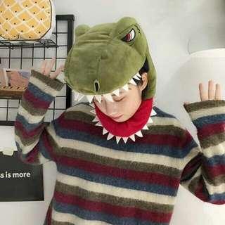 。《侏羅紀》恐龍頭套。