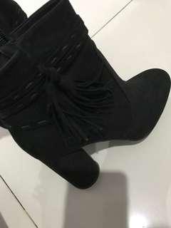 HnM Boot Hitam
