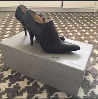 Kenneth cole New York Pointed Boots