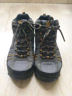 Sepatu Hiking Columbia North Plains Waterproof