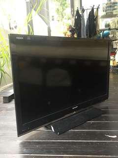 """SHARP LCD TV 32"""""""
