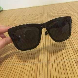 🚚 二手-時髦帥氣黑色膠框大鏡面太陽眼鏡 hannah漢娜妞