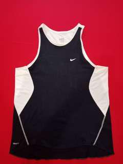 Baju fitness Nike fit dry