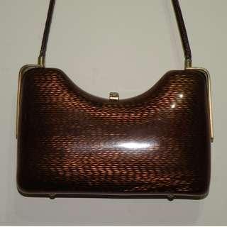 🚚 vintage 早期玳瑁琥珀造型硬殼側肩包 (二手)