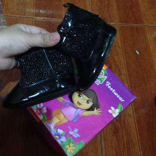 Dora baby boots