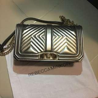 L03 - Rebecca Minkoff Geo Quilted Bag