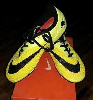 !!REPRICED!! Nike Hypervenom Phelon FG