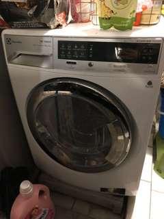 10kg Electrolux washing machine inverter