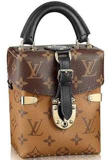 Louis vuitton reversed monogram camera box bag