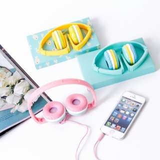 headphone macaroons