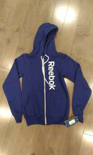 BNWT Reebok Sweater Zip Up