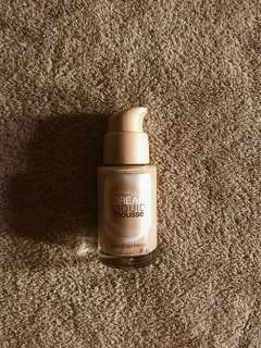 Dream Liquid Mousse (Classic Ivory)